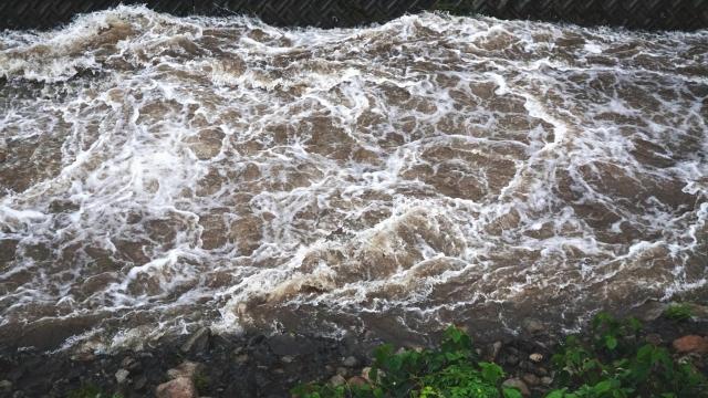 三峡ダム決壊による大洪水